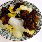 阿拉蕾yjq木耳娃娃菜的做法