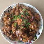 彩燕(来自腾讯..)辣子鸡的做法