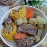政妈妈玉米排骨汤的做法