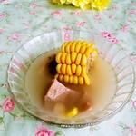 简单7700玉米排骨汤的做法