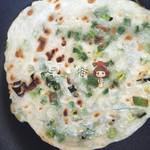 晨儿(来自微信...)葱油饼的做法