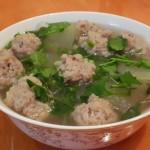 moon紫英砂锅丸子汤的做法