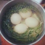 zero美食地菜花煮鸡蛋的做法
