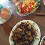 胡杨小轩轩红烧土豆牛肉的做法