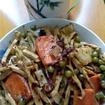 快乐素食笋干香菇炒青椒的做法