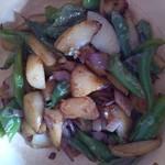 xiaoleng洋葱炒土豆的做法