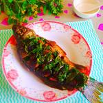 度娘菜园和厨房香辣葱油鲫鱼的做法