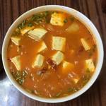 奥利奥~韩式辣白菜豆腐汤的做法