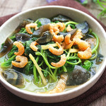 甜盐蜜语上汤苋菜的做法