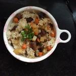 焦昕然牛肉土豆焖饭的做法