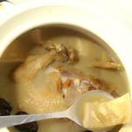 Shirley9112榴莲炖鸡的做法