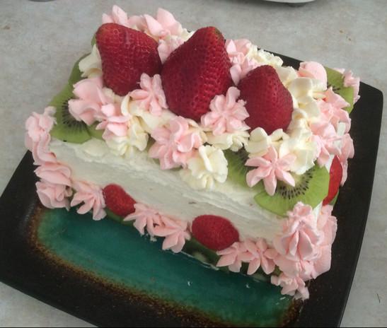 玫瑰花奶油蛋糕的做法