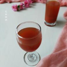 鲜榨果汁胡萝卜苹果汁