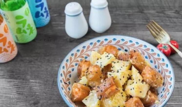 绿茶餐厅最受欢迎的菠萝油条虾,一口吃出幸福感的做法