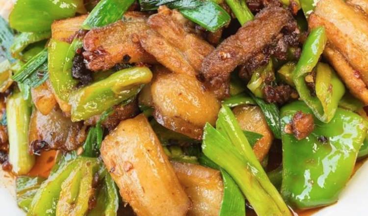赵薇最拿手的回锅肉,学会了你也能一展风采的做法