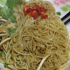 镇江锅盖面之「香干干拌面」的做法[图]