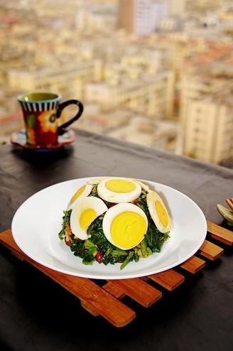 麻将菠菜拌鸡蛋#早餐#的做法