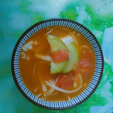 火红蔬菜豆腐汤