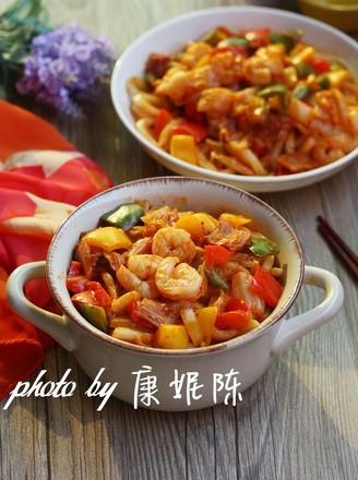 泡菜炒乌冬面的做法