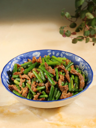 蒜苔炒牛肉丝的做法