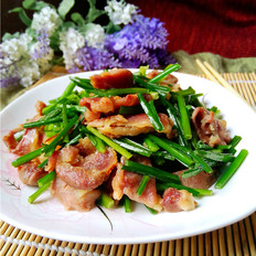 韭菜苔炒肉片