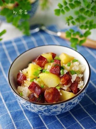 土豆腊肠饭的做法