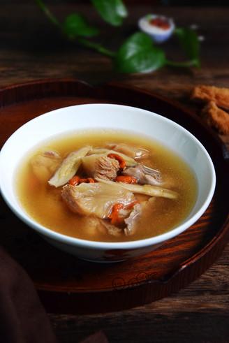 黄芪猴头菇鸡汤丨霸王超市的做法