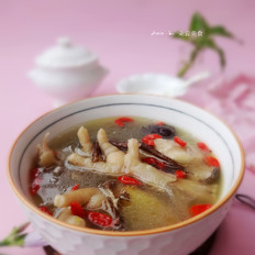 #苏泊尔·中华炽陶红枣当归炖鸡汤#