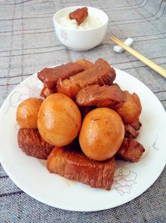 红烧肉熏鸡蛋的做法