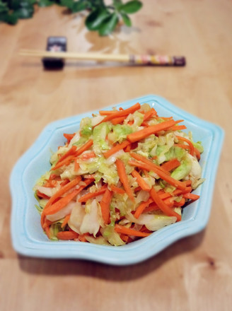 洋白菜炒胡萝卜的做法