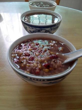 红绿豆西米粥的做法