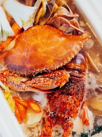 新鲜的吞咽舌头令人大满意的海鲜锅做法