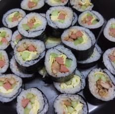 基本寿司-紫菜包饭