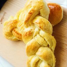 椰蓉辫子面包