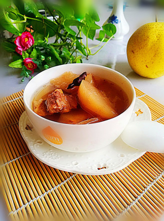 雪梨排骨汤的做法