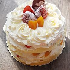 黄桃草莓裸蛋糕