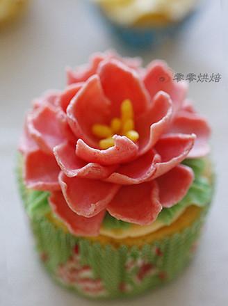 花朵纸杯蛋糕的做法