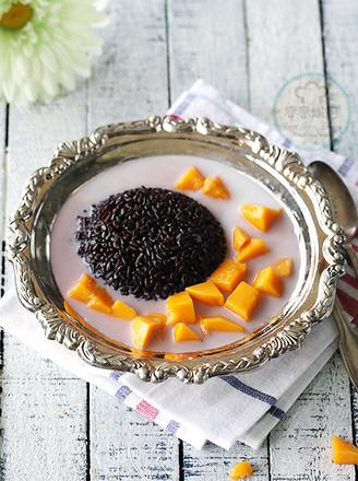 椰汁芒果黑米捞的做法