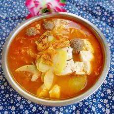辣白菜炖牛肉丸