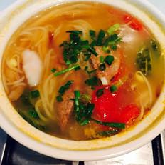 重庆三鲜砂锅米线