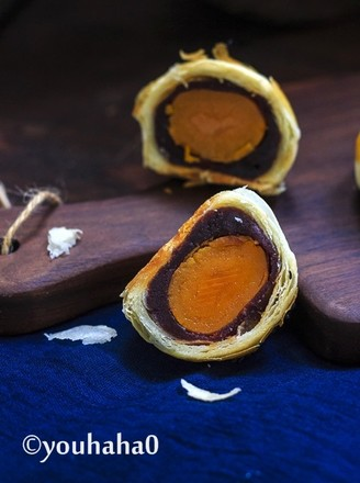 超详细的蛋黄酥的做法
