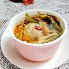枸杞桑叶肉汁汤