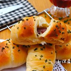 腊肠小面包