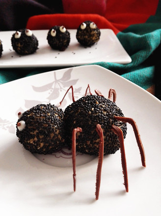 万圣节之黑芝麻球——蜘蛛&小精灵的做法