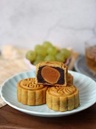 广式红豆沙蛋黄月饼的做法
