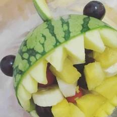 鲨鱼西瓜水果色拉