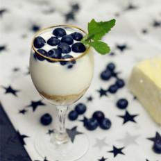 #幼儿2-3岁菜谱#蓝莓酸奶杯