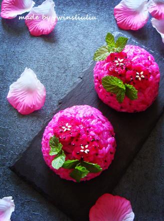 火龙果花样饭团#铁釜烧饭就是香#的做法