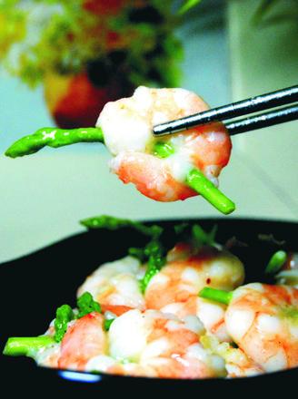 芦笋虾仁的做法