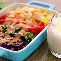 鸡蛋蔬菜色拉